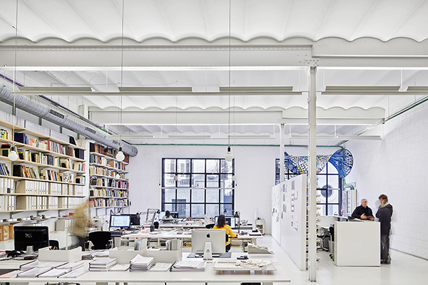 oficinas-campos-eliseos01